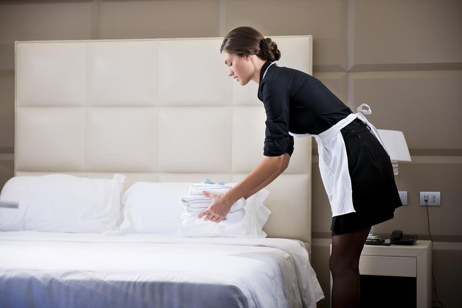 Quản lý khách sạn với nhân viên quản lý buồng phòng