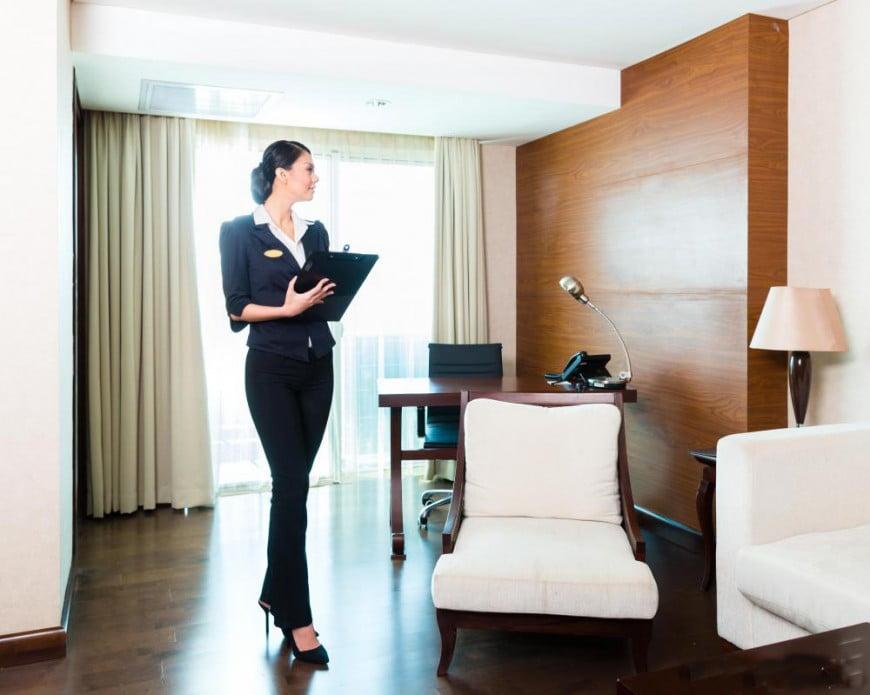 Trưởng bộ phận buồng phòng quản lý khách sạn