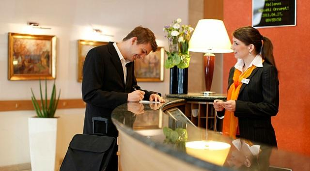 Bộ phận lễ tân khách sạn