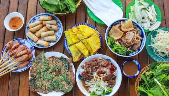"""15 Món ăn ngon """"nức tiếng"""" không thể bỏ qua khi đến Đà Nẵng"""