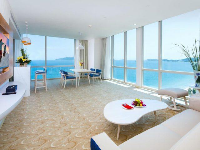 Top 10 khách sạn Nha Trang gần biển – tiêu chí và review