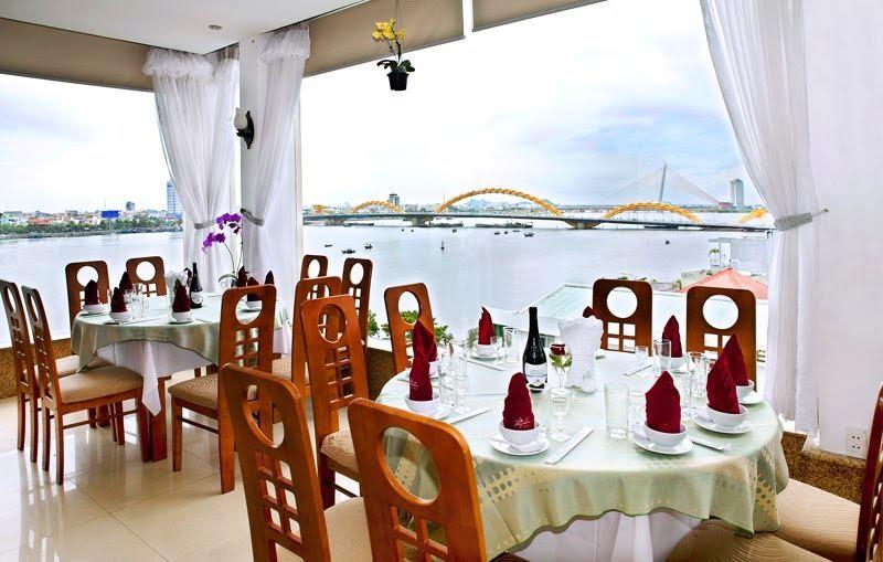 Khách Sạn Bamboo Green Riverside Đà Nẵng