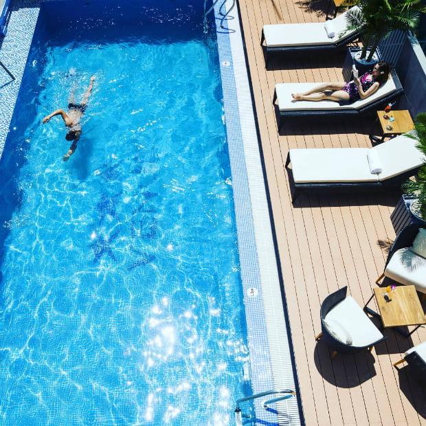 Top 5 khách sạn Nha Trang có bể bơi không thể không biết