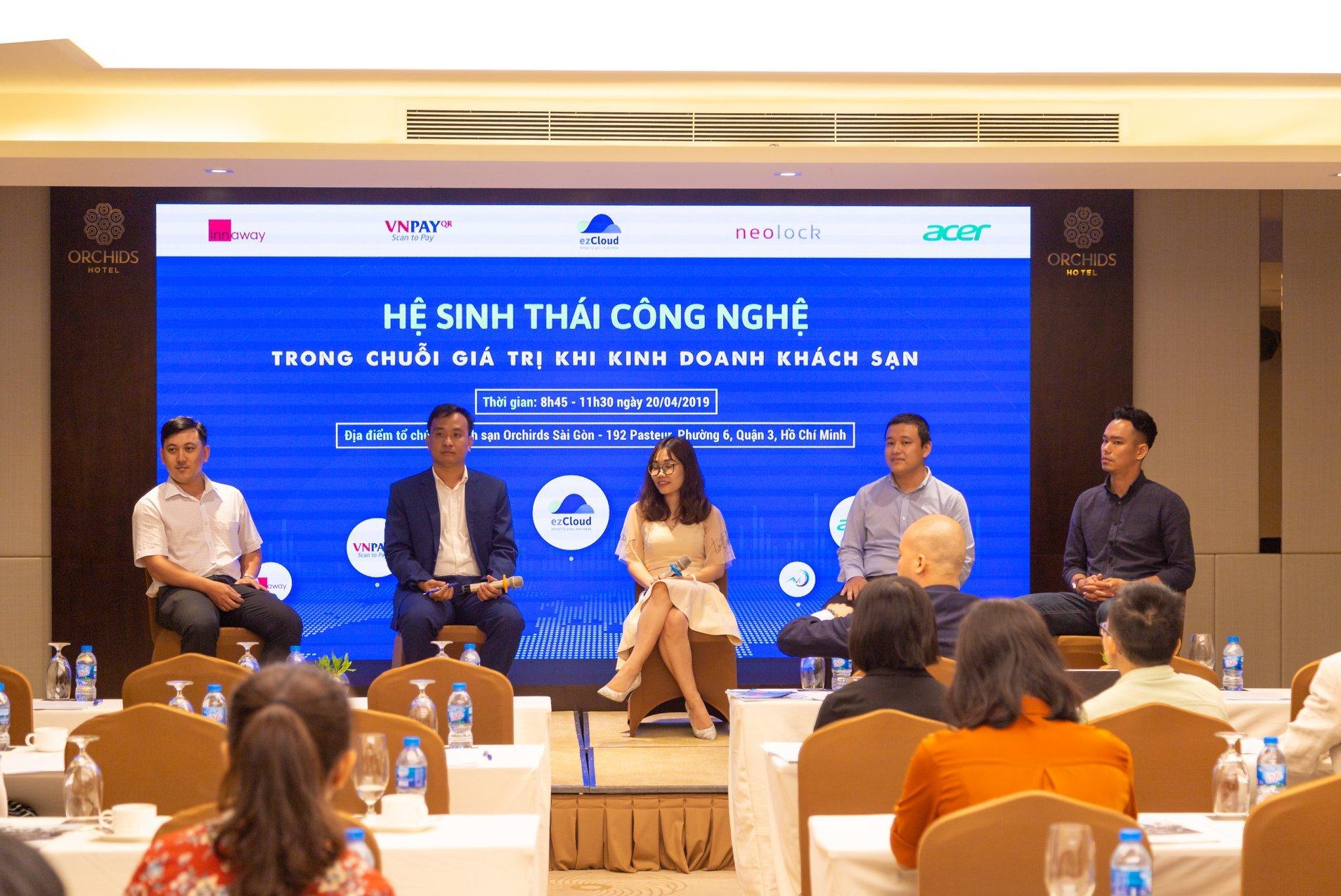 """Tặng tài liệu workshop Sài Gòn: """"Hệ sinh thái công nghệ trong chuỗi giá trị khi kinh doanh khách sạn"""""""