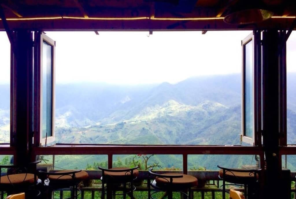 quán cafe in the clouds