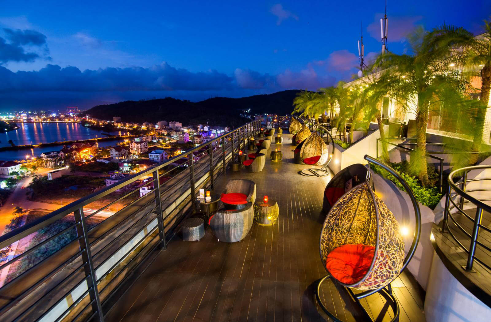 10 Quán cafe view đẹp ở Hạ Long nhất định phải thử
