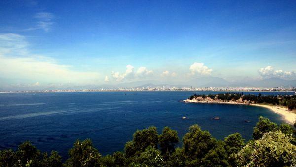 bãi biển Bảo Ninh