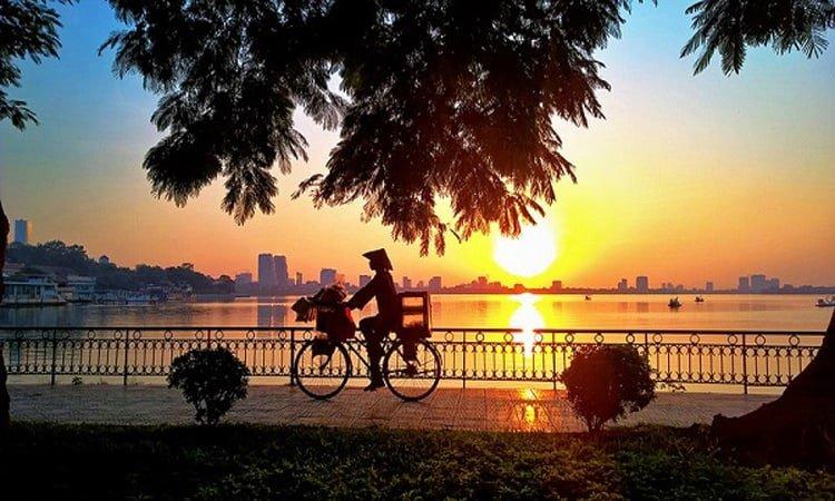 10 điểm du lịch Hà Nội không thể bỏ qua 2019 - hồ tây