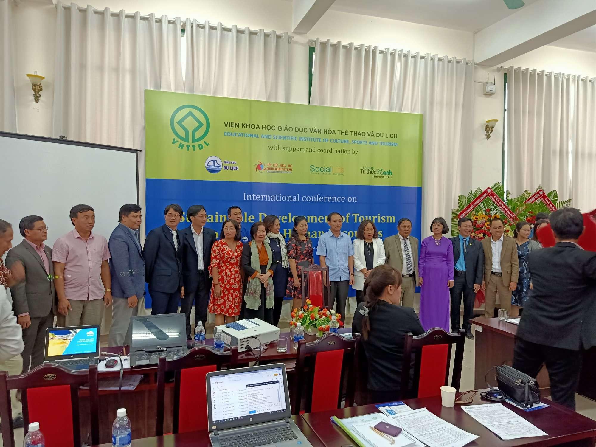 Hội thảo quốc tế 2