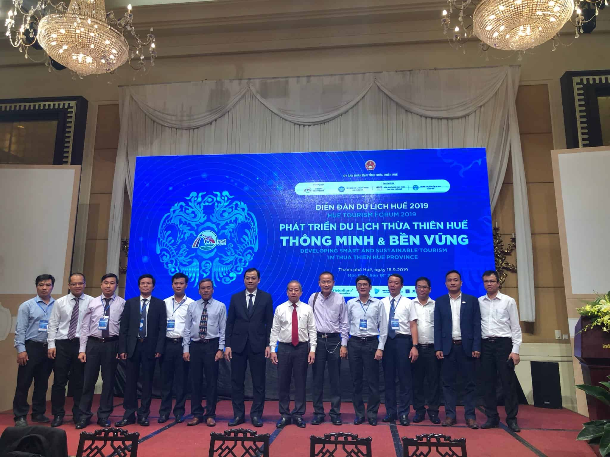 CEO ezCloud trình bày tham luận tại Diễn đàn Du lịch Huế 2019