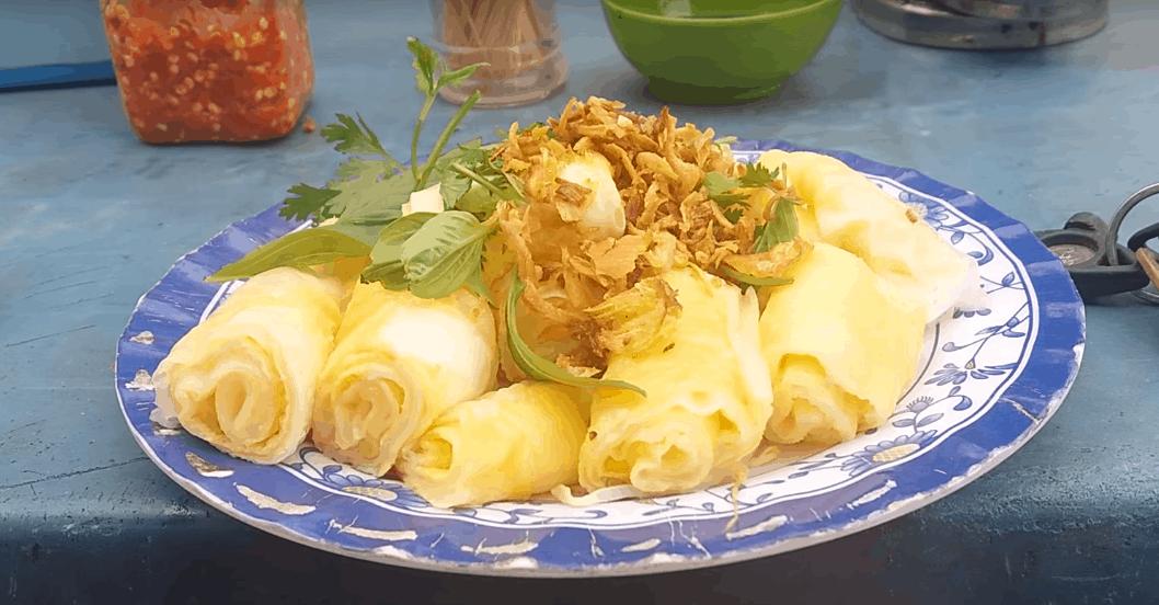 Bánh cuốn trứng ở Hà Giang