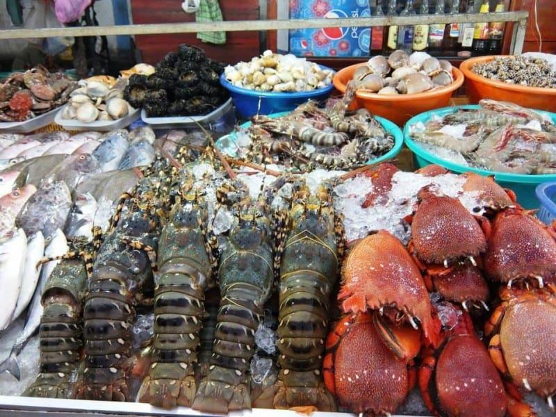 Chợ Dương Đông bán hải sản tươi ngon