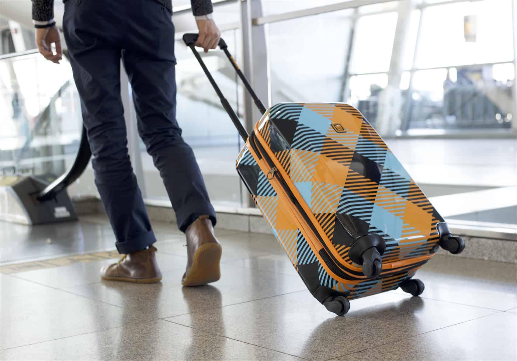 10 vật dụng cần thiết mang theo khi đi du lịch