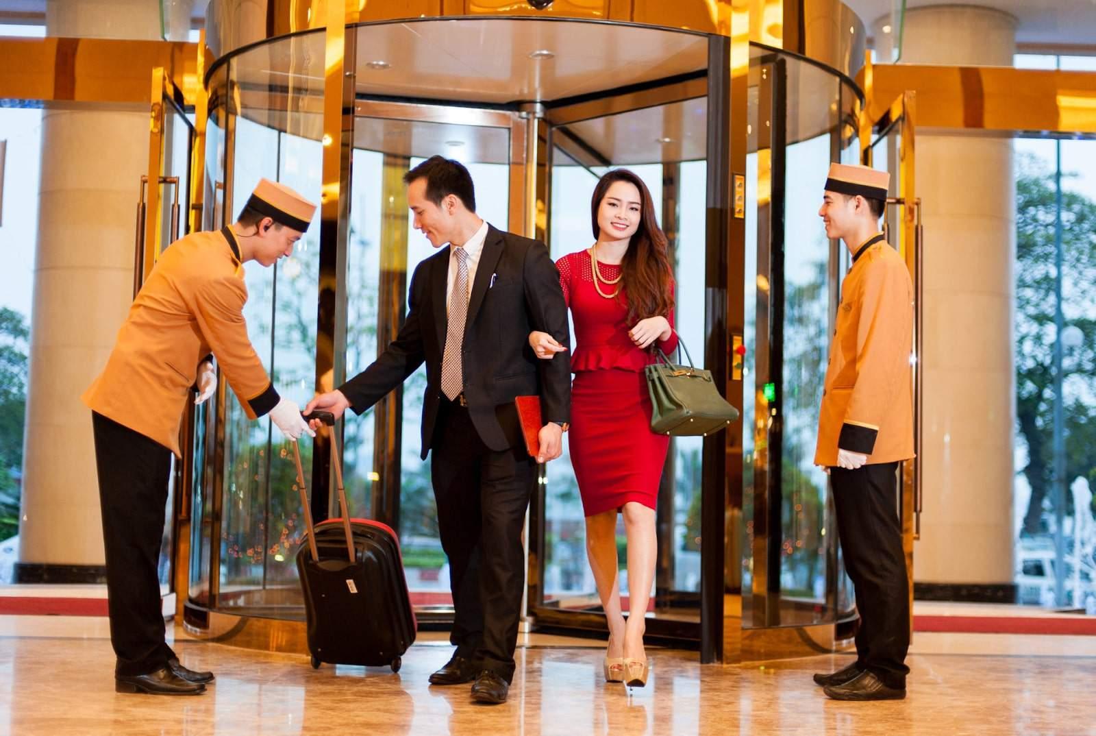 Yếu tố Dịch vụ trong marketing khách sạn