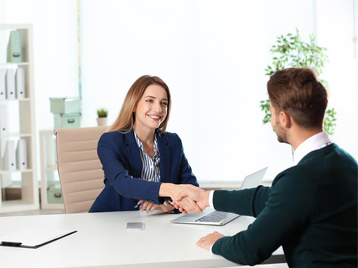 Quy trình tuyển dụng nhân sự trong khách sạn: 8 bước không thể bỏ qua